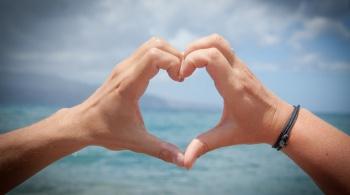 Заставка для - Фестиваль «От сердца к сердцу» пройдет в обеих столицах