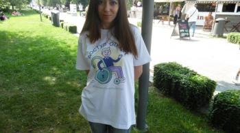 Заставка для - Волонтеры помогают людям с инвалидностью стать увереннее