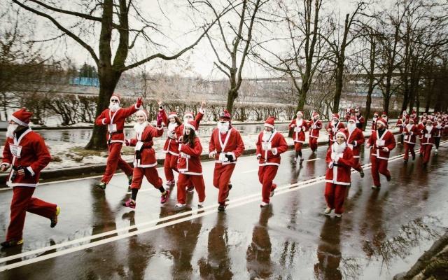 Заставка для - Деды Морозы, Снежинки и Зайчики устроят забег, чтобы помочь пациентам хосписа