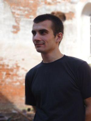 Заставка для - Дмитрий Чурбанов, координатор группы волонтеров «Пельмешки на Плешке»