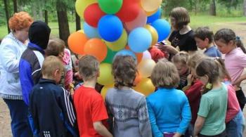 Заставка для - Школа волонтеров — для тех, кто хочет помогать детям