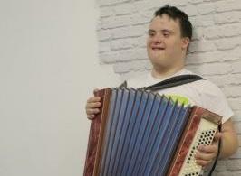 Заставка для - Первый в России доброволец с синдромом Дауна