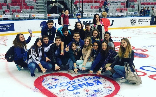 Заставка для - Хоккейный волонтер