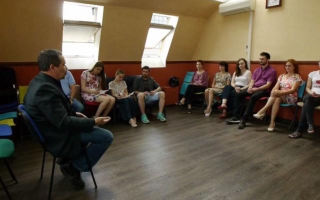 Заставка для - «Гражданская сила»: волонтеры-психологи в Новосибирске помогают в ЧС и трудных жизненных ситуациях